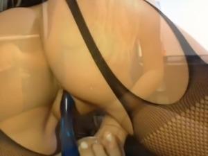Hot Blonde Spreads Her Nice Ass
