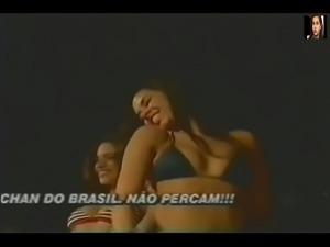 Alessandra Scatena mostrando o Rab&atilde_o na Banheira do Gugu (02)