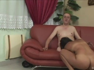 The handyman 69's a MILF with a hairy snatch then fucks her