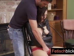 03 2 fetischblick House mit