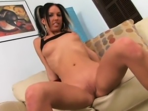 A slut with a sexy pussy makes her clothes form camel toe