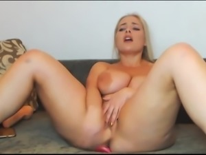 Big tits play