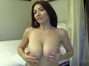You Love It When Oil Up My Big Breasts & Biceps-TaraTainton