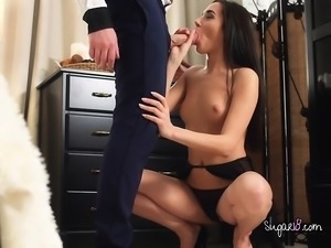 Young Hooker Kerry Cherry Services Clients Big Cock