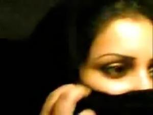 Arabic niqab girl showing big tits in car