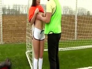 Teen video game Dutch football player pummeled by photographer