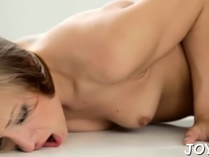 Cock-starved young doxy goes crazy about hardcore sex