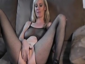 Amateur Blonde Teen Intense Masturbation HD
