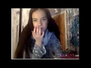 Young British Cam Girl - EllaLive.com