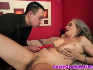Busty granny screwed and squirted with jizz