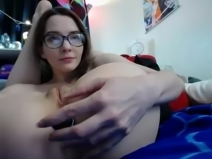 Flexible Teen Masturbates