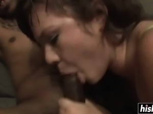 Cute girlfriend pleasures her boyfriend's BBC