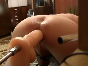 Huge dildo to fuck machines stick my ass doggy style (D6)